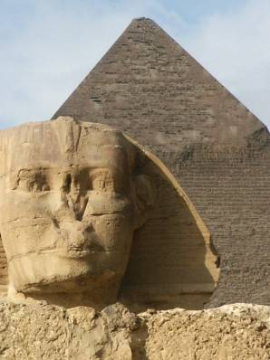 Photo : Sphinx et pyramide